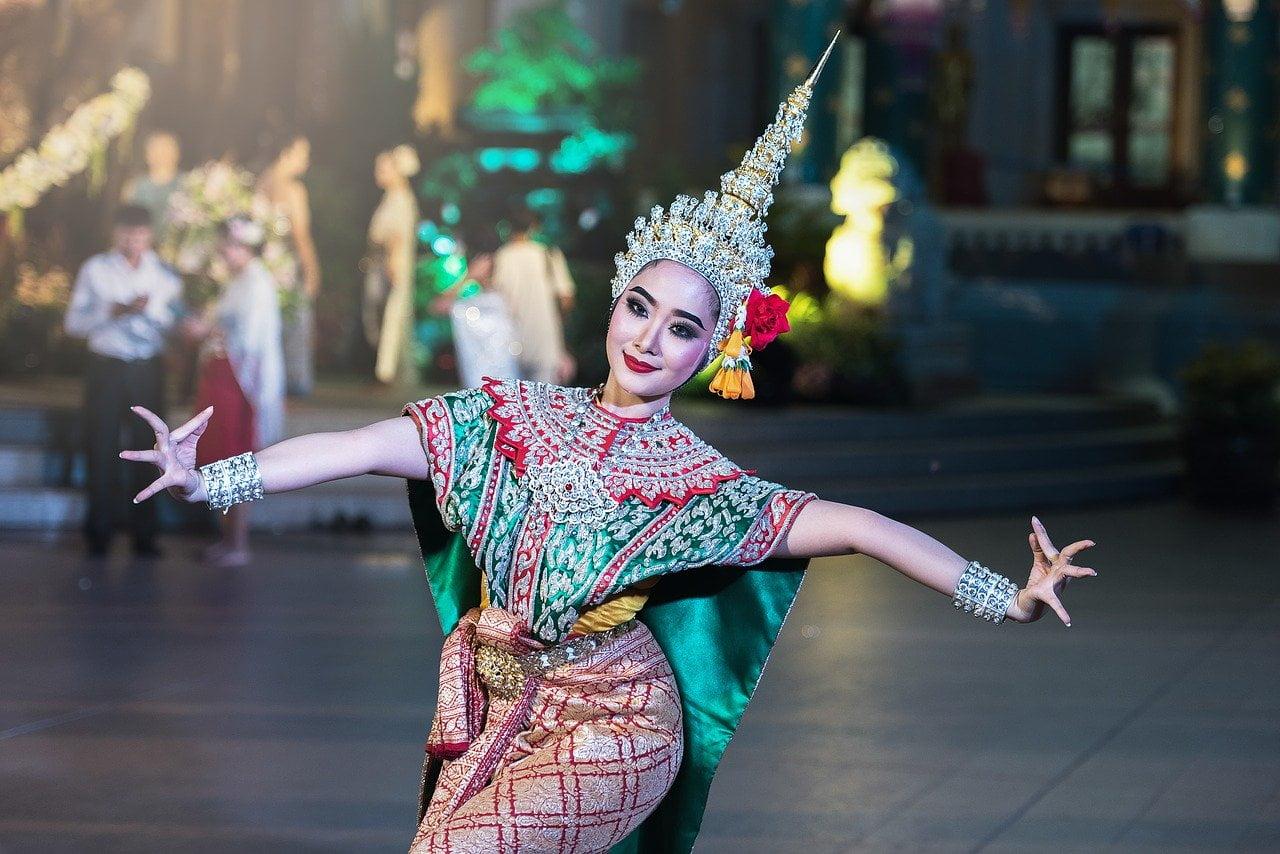 Istoria dansului. Cine a inventat dansul?
